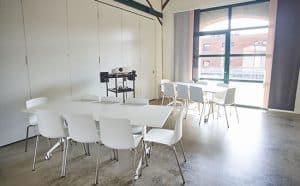 hvidt mødelokale i kolding
